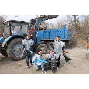 Амурские активисты ОНФ провели в Благовещенске спортивный субботник