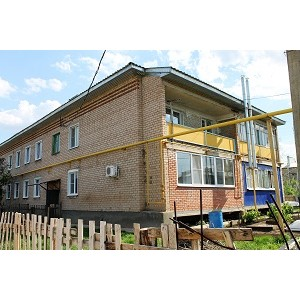 Оренбургский ОНФ оказывает содействие жителям поселка Красногвардеец в вопросе капремонта крыши