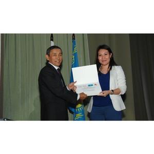 Еще десять студентов из Казахстана получили поддержку с родины