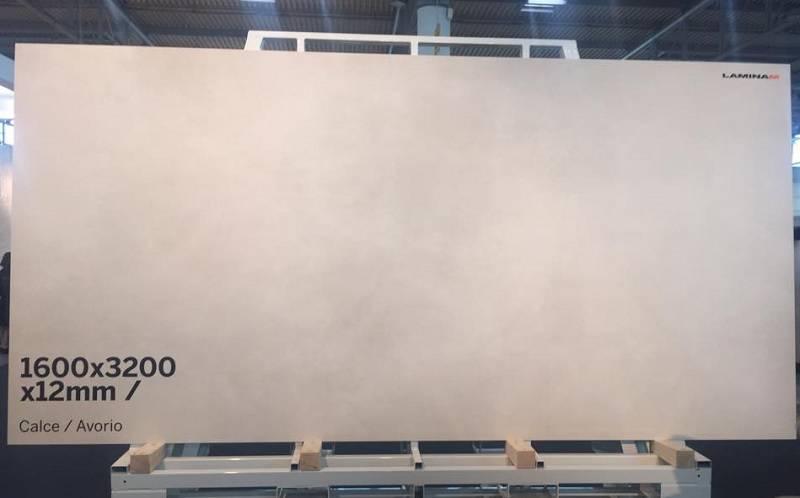 Новинка Laminam – практичный керамогранит Calce с эффектом мокрой штукатурки и бетона