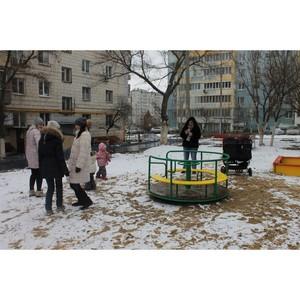 Активисты ОНФ проверили устранение недочетов на площадке, установленной в ходе благоустройства