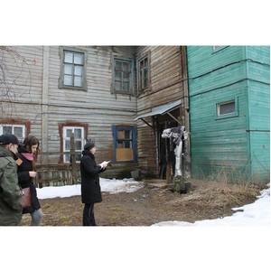 Активисты ОНФ добились признания аварийными трех домов в Костроме