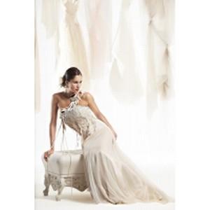 fb01a23b514 В свадебном салоне «Богема» новая коллекция платьев