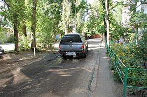 Эксперты ОНФ взяли на контроль ситуацию с реконструкцией одного из дворов Воронежа