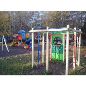 Активисты ОНФ в Москве добились приведения в порядок детской площадки в Ясенево