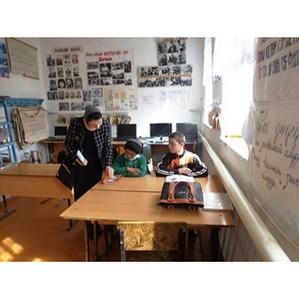 Активисты ОНФ изучили проблемы сельской школы в дагестанском селе Испик