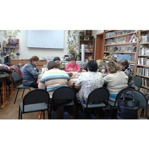 При поддержке ОМК представители старшего поколения посетят занятия по арт-терапии
