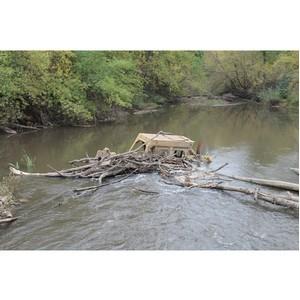 ОНФ в Оренбургской области обратится в Росприроднадзор по поводу затонувшего в реке трактора