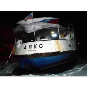 Прокуратура требует от собственника теплохода «Аякс» убрать его от городского пляжа Набережных Челнов