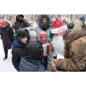 При участии ОНФ в одном из дворов Благовещенска прошел новогодний праздник для жителей многоэтажек