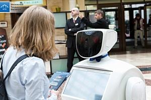8 марта робот Алантим бросит вызов всем мужчинам Новосибирска