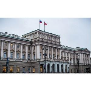 Евгений Белинский призывает принять участие в формировании бюджета Петербурга на будущие годы.