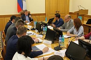Кировские активисты ОНФ обсудили с главой региона реализацию приоритетных проектов Народного фронта