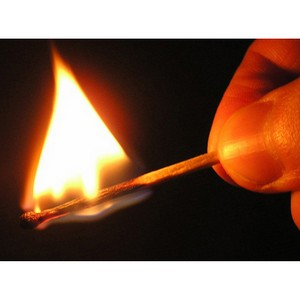 Коллектор угрожает сжечь клиента в Ульяновске