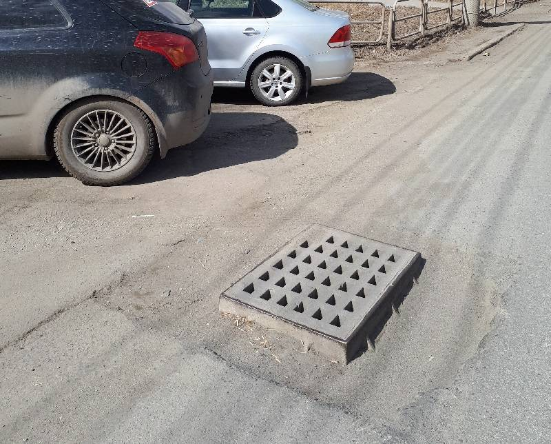 Активисты ОНФ добились реконструкции ненормативных люков ливневой канализации в Челябинске