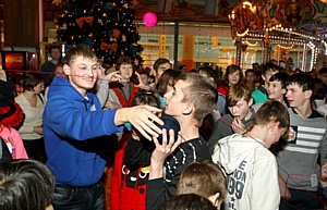 Продюсерский центр «Flash Vision»: новогодние чудеса в руках детей