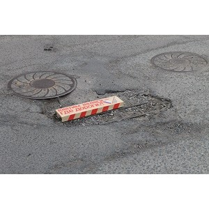 Активисты ОНФ передали списки «убитых дорог» властям Оренбурга и Орска