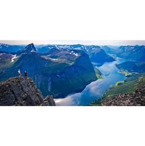 Все больше туристов желают увидеть северное сияние в Норвегии