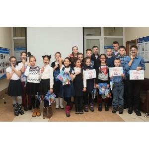Молодое поколение поздравило ПФР с днем рождения