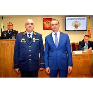 Генерал-майор полиции Е. Барсуков награждён медалью ордена «За заслуги перед Чувашской Республикой»