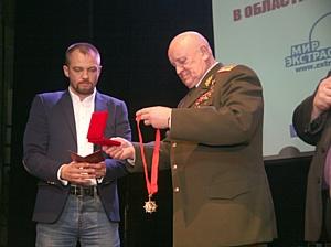 Анатолий Шмульский вновь признан лучшим хиромантом