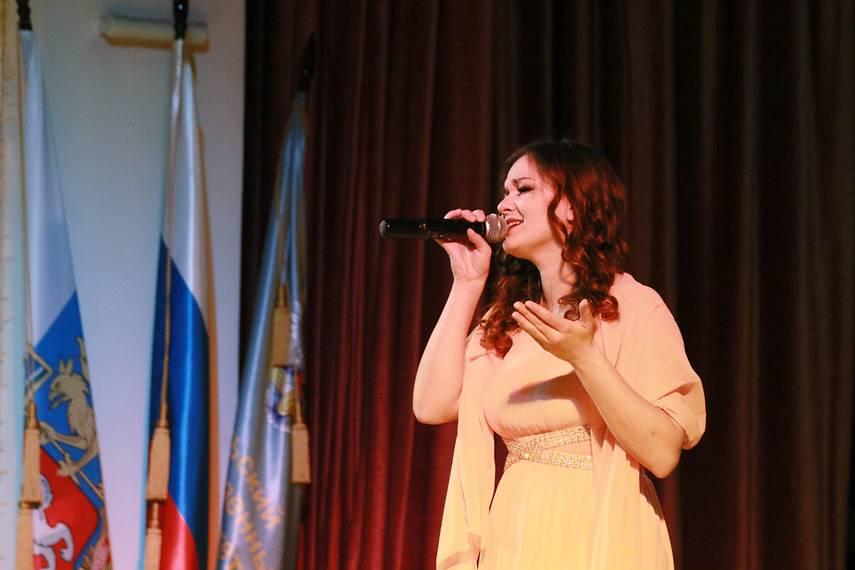 Каких студентов поощрил губернатор Свердловской области