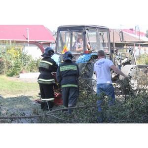 Представители ОНФ и МЧС в Алтайском крае ликвидировали пожароопасную свалку в Барнауле