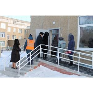 Активисты ОНФ в Алтайском крае в рамках «Недели качества» выявили недоступные для инвалидов объекты