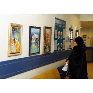 В Центре обслуживания клиентов Белгородэнерго открылась персональная выставка Григория Новикова