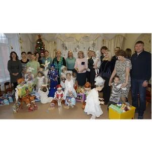 Омские таможенники поздравили с Новым годом детей  подшефного Детского дома