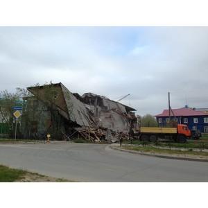 Активисты ОНФ добились демонтажа аварийных строений в Нарьян-Маре