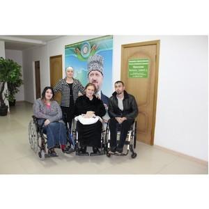Активисты Народного фронта в Чечне помогли инвалидам получить средства реабилитации и лекарства
