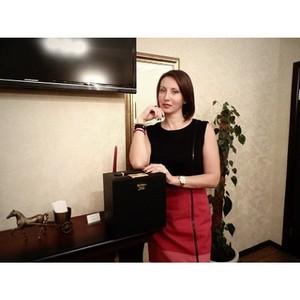 Известная актриса, певица и телеведущая Алика Смехова оценила Академию красоты по достоинству.