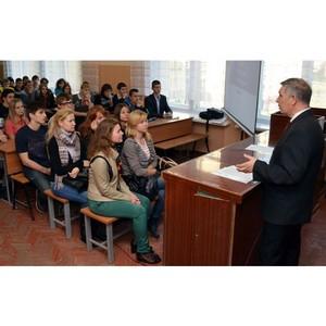 Тамбовские энергетики МРСК Центра рассказали студентам о великом изобретателе