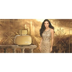 Деми Мур в главной роли новой рекламной кампании Орифлэйм