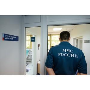 В Центре крови ФМБА России прошла очередная донорская акция противопожарной службы МЧС России