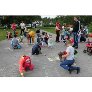Активисты ОНФ провели в Барнауле акцию «Двор глазами детей»