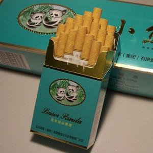 За год китайцы выкуривают больше двух триллионов сигарет