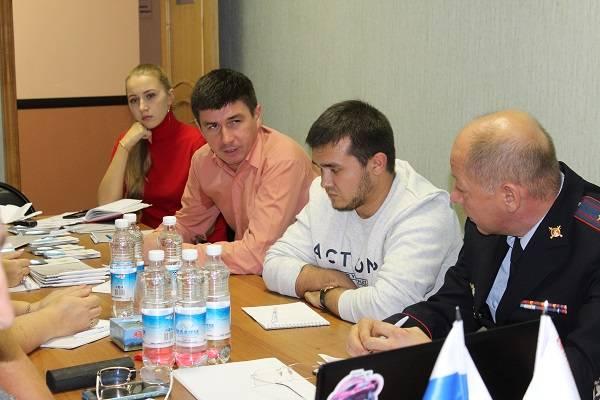 Активисты ОНФ обсудили проблемы организации движения вблизи школ Петропавловска-Камчатского