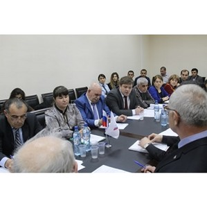 Представители регионального Росприроднадзора приняли участие в круглом столе по проблемам экологии