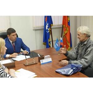 Пять нижегородских семей получат материальную помощь от депутата Евгения Кузьмина