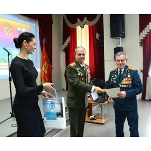 Банк «Открытие» в Новосибирске поздравил ветеранов