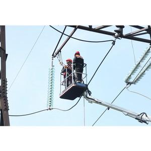 ФСК ЕЭС установит на ЛЭП изоляторы из закаленного стекла для надежного энергоснабжения Волгограда
