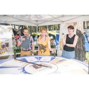 «Пивной сомелье» на фестивале «Пикник Сиб.фм»: большой бир-ринг и пивной баттл под летним солнцем