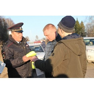 В Иванове волонтеры призвали пешеходов выйти из тени