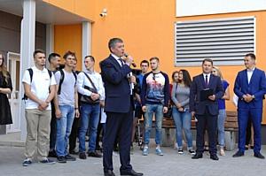 Учебный год студенты начали с заселения в новый дом