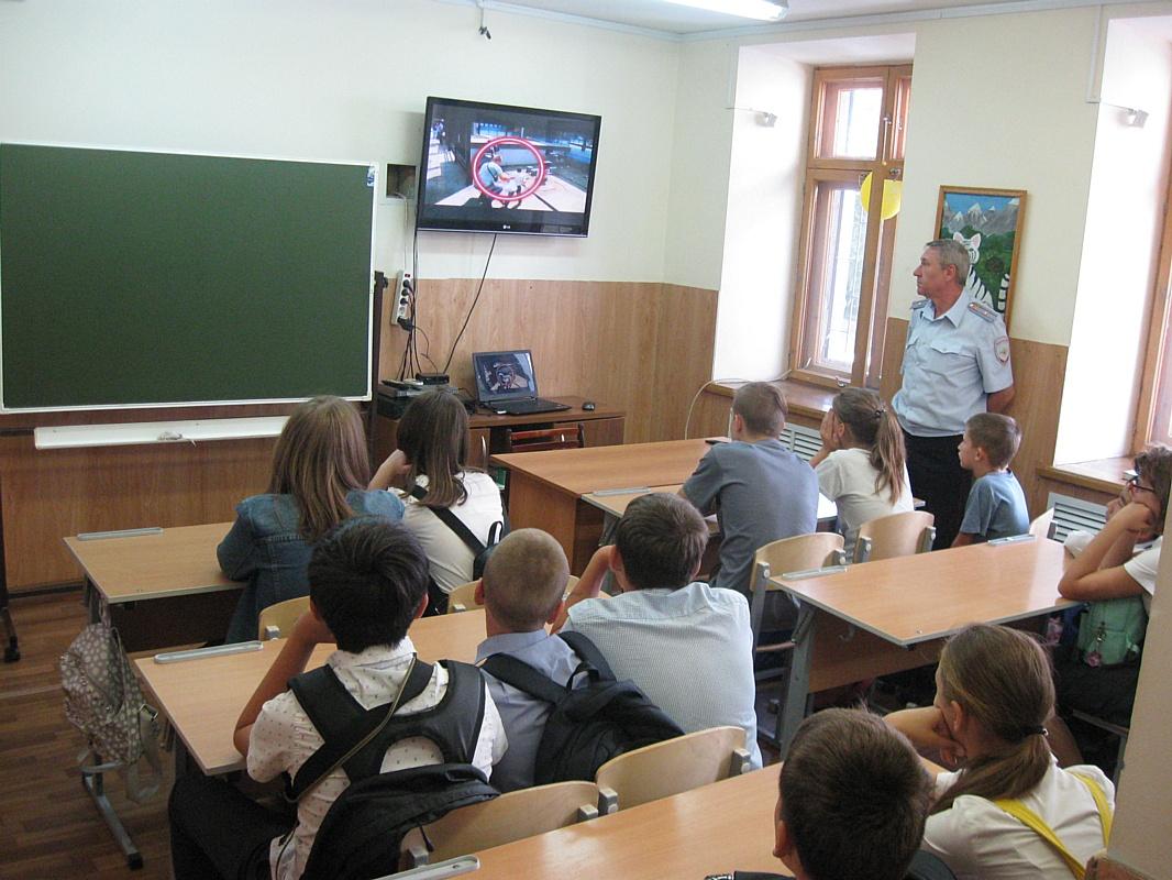 В Волгограде проходит акция «Законность и дети»