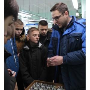 Школьники Мордовии посетили с экскурсией станцию переливания крови и приборостроительный завод