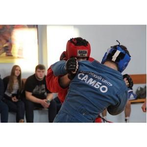 Свыше 300 спортсменов со всего региона стали участниками Первенства Алтайского края по самбо