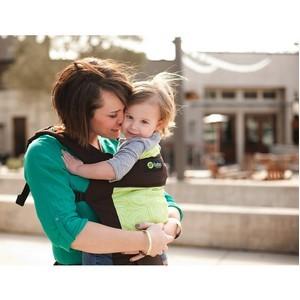 Компания Slingi выработала рекомендации по безопасным перелётам с маленькими детьми